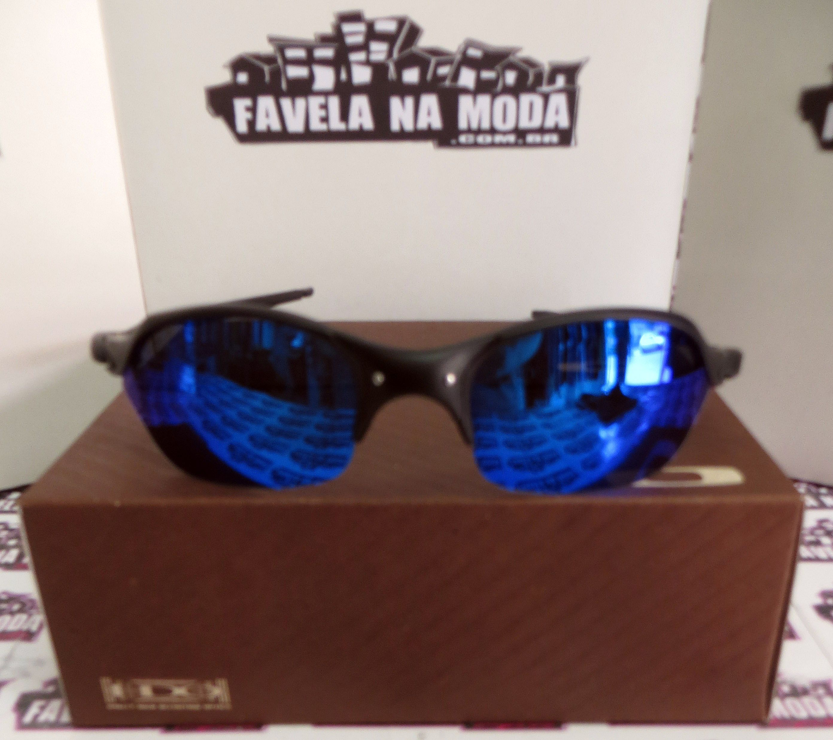 3a2248fca4492 Óculos Oakley Romeo 2 - Carbon   Magic Blue   Borrachas Pretas